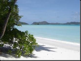 plage-seychelles-fond-ecran